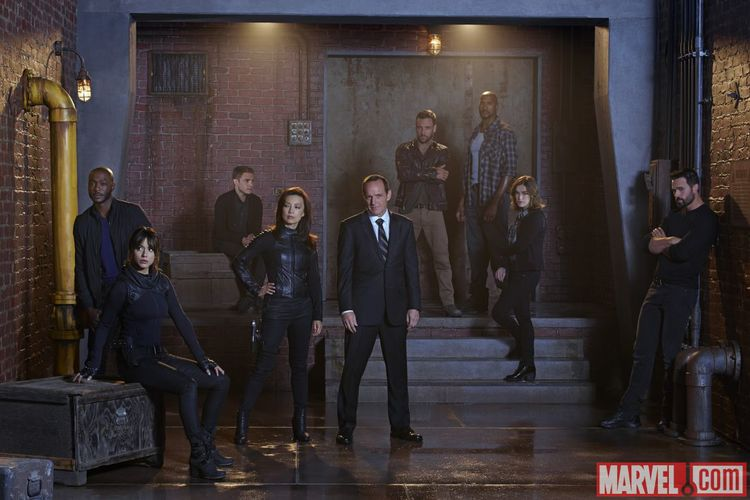Full cast photo--Agents of S.H.I.E.L.D